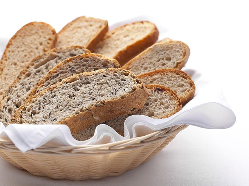 pane fatto in casa con farine selezionate